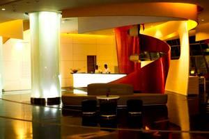 HARRIS Hotel Bandung - Resepsionis
