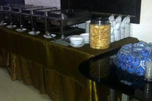 Grand Populer Hotel Makassar - Prasmanan Meal