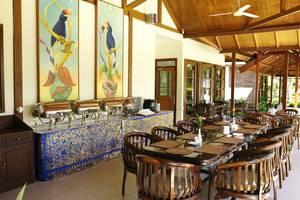 Rungan Sari Resort Palangkaraya - Restaurant