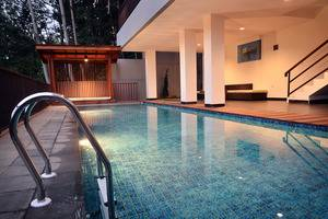 6 BR Pool Villa Dago Hill View Bandung - Utama