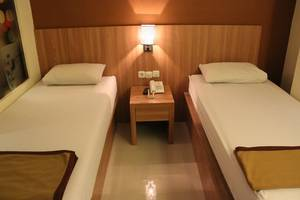 Wisma Aji Yogyakarta - STANDARD ROOM
