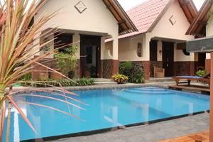 Gili Bagaz Cottages Lombok - Kolam Renang