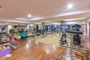 Wyndham Surabaya Surabaya - Gym