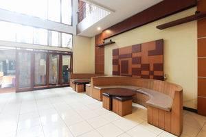 Otten Inn Bandung - Lobby