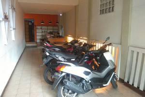 Otten Inn Bandung - Parkir Motor