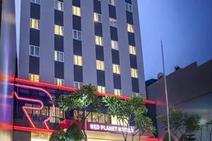 Red Planet Jakarta Pasar Baru - Building Appearance