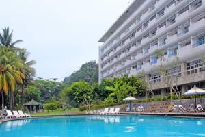 Grand Inna Samudra Beach