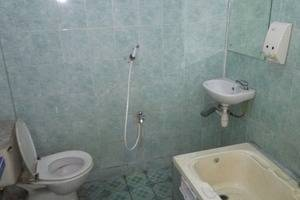 Hotel Bali Indah Bandung - Bathroom