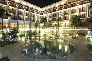 Ratu Hotel Bidakara Serang - Exterior