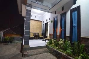 Ceria Homestay Malang - Eksterior