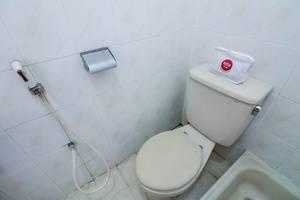 NIDA Rooms Kaliurang Tugu Jogja - Kamar mandi