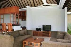 Sekar Nusa Villas Bali - Suite_Living daerah