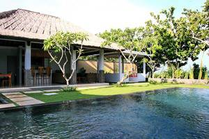 Sekar Nusa Villas Bali - Suite Villa - Kolam Renang