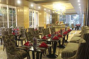 Regata Hotel Bandung - RESTAURANT