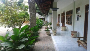 Wisma Karina Syariah Lombok - Facade