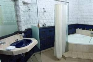 Dalem Agung Palagan99 Boutique Hotel Yogyakarta - Bathroom