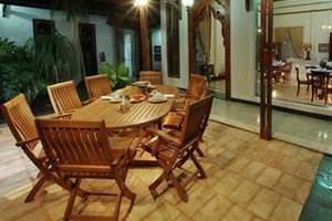 Dalem Agung Palagan99 Boutique Hotel Yogyakarta - Restaurant