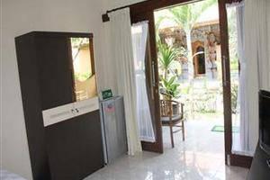 Brekele Berawa Beach House Bali -