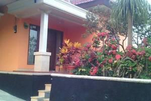 Homestay Villa Jambu 2 Malang - Eksterior