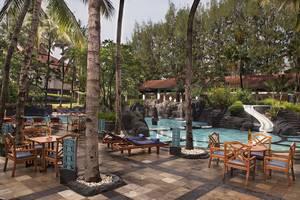 Hotel Melia Purosani Yogyakarta - Kolam Renang
