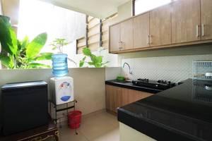 Pulasari Homestay & Villa Bali - Kitchen
