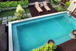 Tis Villa  Seminyak - Kolam Renang