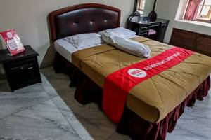 NIDA Rooms Tugu Kujang Bogor - Kamar tamu