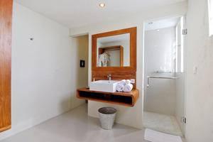 Arana Suites Bali - Kamar Tamu
