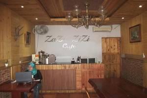 House of Zaza Zizi Medan - Cafe