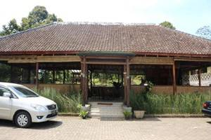 Ijen Resto and Guest House Banyuwangi - Eksterior