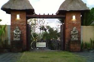 Balangan Garden Bungalow Bali - gerbang masuk hotel