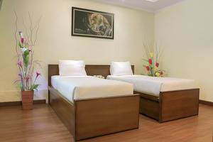 Taman Safari Lodge Cisarua - Twin Bed