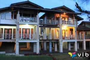 Villa Twin Istana Bunga - Lembang Bandung