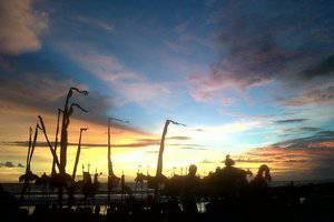 Soka Indah Bali - Matahari terbenam Soka indah