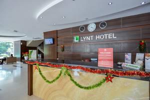 ZEN Rooms Cideng Timur Raya Jakarta - resepsionis