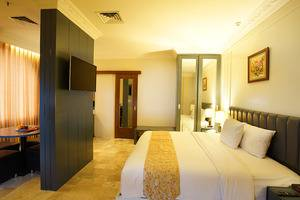 D'Salvatore Art & Boutique Hotel Yogyakarta - Suite Room