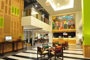 MaxOneHotels at Kramat Jakarta - Lobby