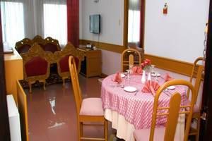 Hotel Inna Dharma Deli Medan - Ruang tamu