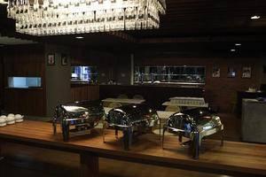 T Hotel Jakarta - Menu Prasmanan