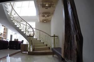 Grand Guci Hotel Bandung - Interior