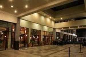 Hotel Pangeran Beach Padang - Entrance