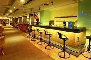 Hotel Pangeran Beach Padang - Pub/Lounge