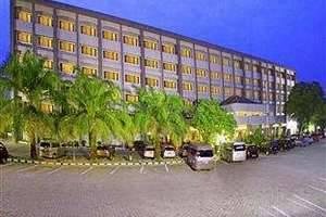 Hotel Pangeran Beach Padang - Tampak Luar