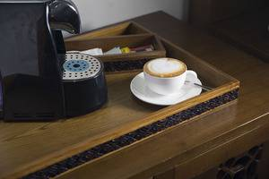 Akana Boutique Hotel Sanur Bali - Fasilitas kopi dan teh