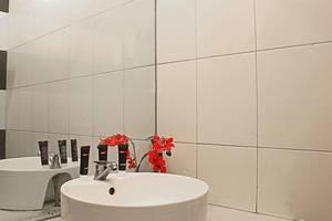RedDoorz @Cassa Pasteur Bandung - Kamar mandi