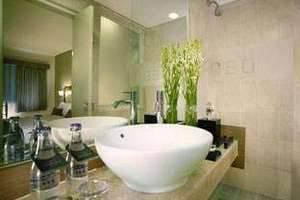 Hotel Neo Kuta Jelantik - Kamar mandi