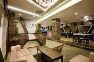 Hotel Neo Kuta Jelantik - Lobi