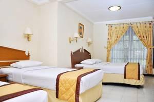 Taman Sari Hotel by Prasanthi Sukabumi - Edelweiss Junior Suite