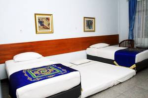 Taman Sari Hotel & Resort Sukabumi  Sukabumi - Swan Valley