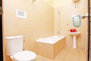 ZenRooms Mataram Kuta - Kamar mandi